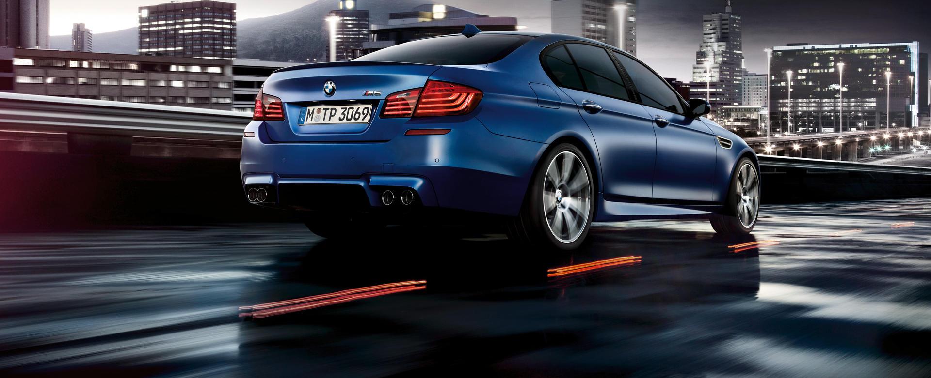 BMW_M5_Sedan_Wallpaper_1920x1200_05